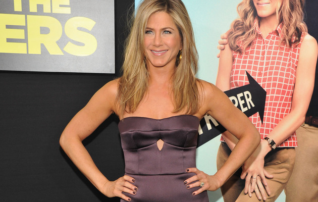 Jennifer Aniston Talks Extra Pounds, Wedding & Exes!
