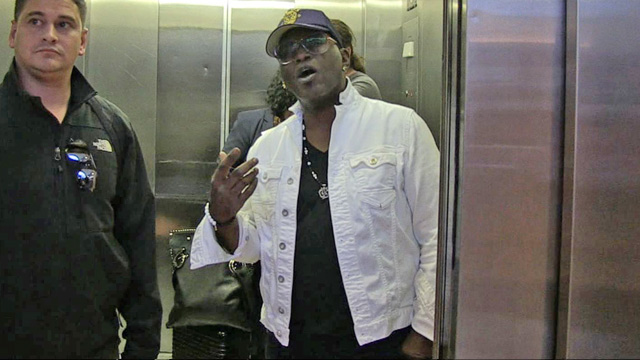Randy jackson re simon cowell from one dog to another tmz com