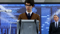 """Skyfall"" Star Ben Whishaw Comes Out as Gay"