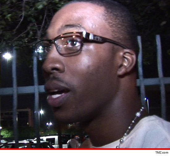 0809-dwight-howard-tmz