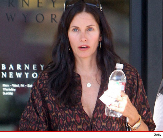 0811_Courteney-Cox_getty