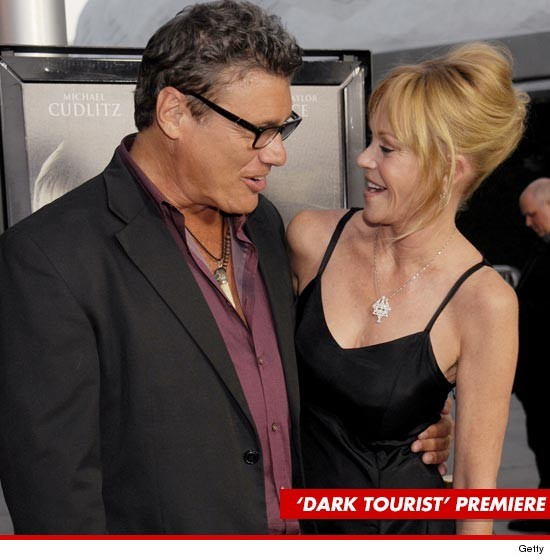 0816_steven_bauer_melanie_griffith_article_getty
