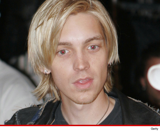 0819_alex_band_getty3