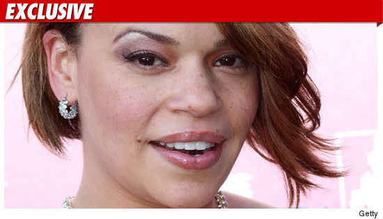 0821-faith-evans-getty-ex-2-credit