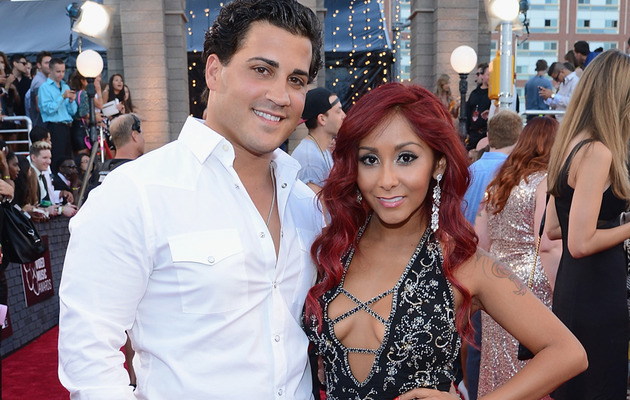 Snooki Flaunts Cleavage at the 2013 MTV Video Music Awards