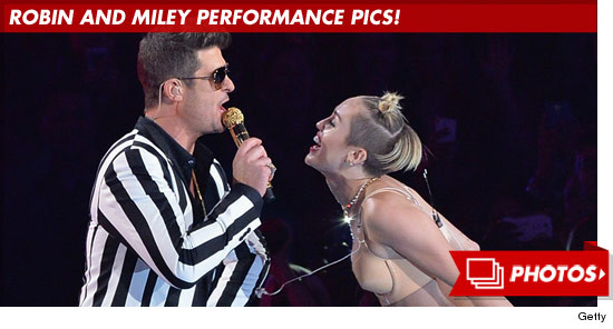 0826_miley_robin_performance_footer
