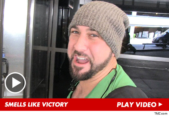082713_joey_fatone_launch_v3