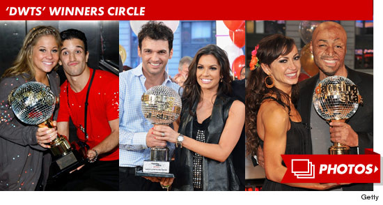 0828_dwts_winners_footer