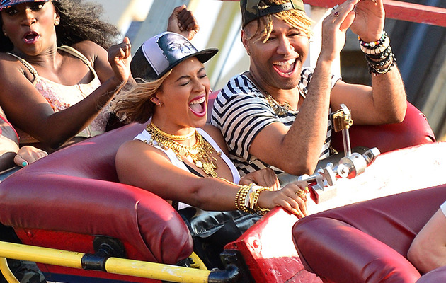 Beyonce Surprises Fans at Coney Island, Rides Roller Coaster