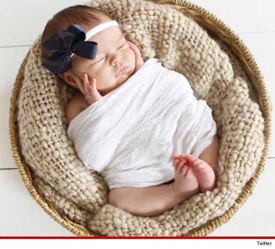 0916-britney-haynes-daughter-twitter-5.j
