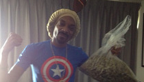 Snoop Lion -- WEED JACKPOT ... Wins Pound of Weed Off Mayweather Fight