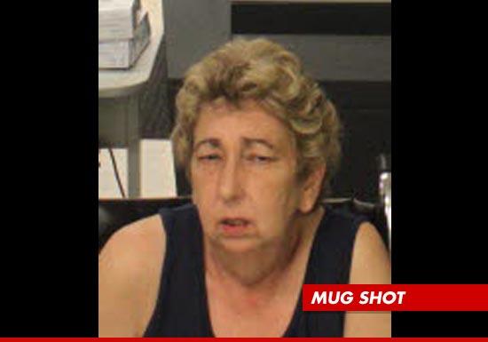 0917_timberlake_aunt-mug-shot
