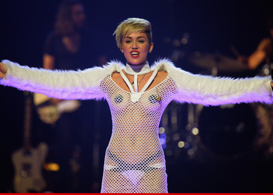 0922_miley_cyrus_getty