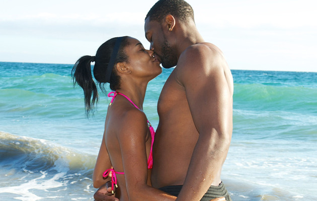 Gabrielle Union and Dwyane Wade PDA-Packed Beach Day!