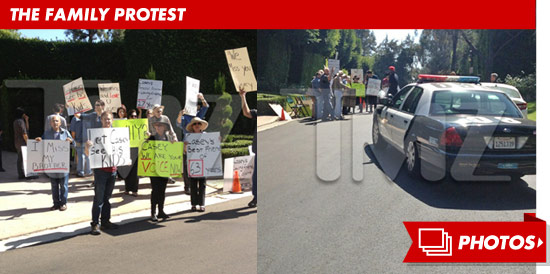 1004_casey_kasem_family_protest_footer