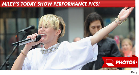1007_miley_cyrus_today_performance_footer