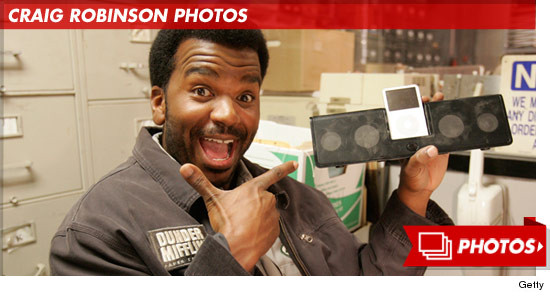 1010_CRAIG_ROBINSON_PHOTOS_FOOTER_v2