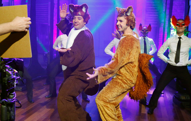 "Viral Video: Jimmy Fallon Performs ""What Does the Fox Say?"""