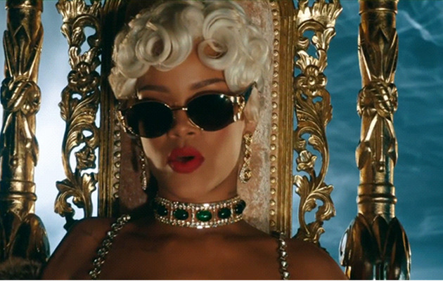 Rihanna Pours On The Jewels In New Music Video!