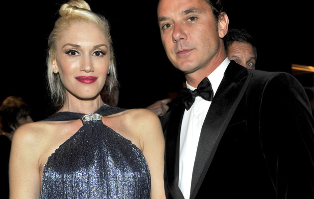 Pregnant Gwen Stefani Debuts Baby Bump on the Red Carpet