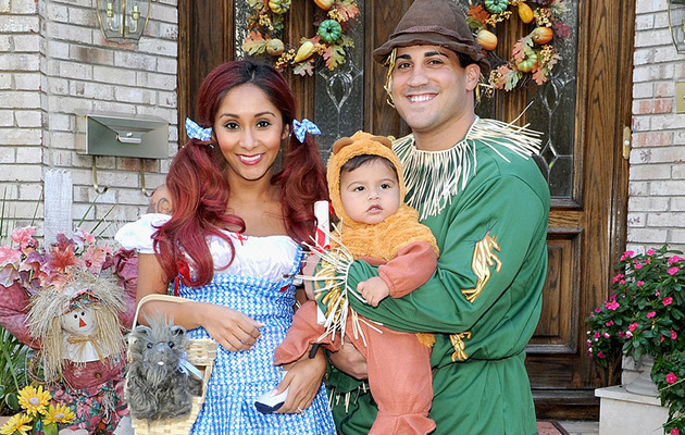Snooki & Lorenzo's Halloween Costumes Revealed!