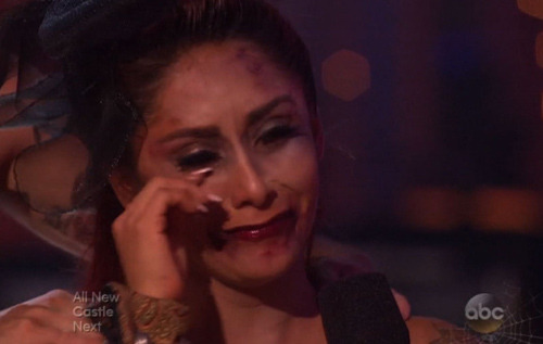 "Snooki Breaks Down After ""Dancing with the Stars"" Elimination"