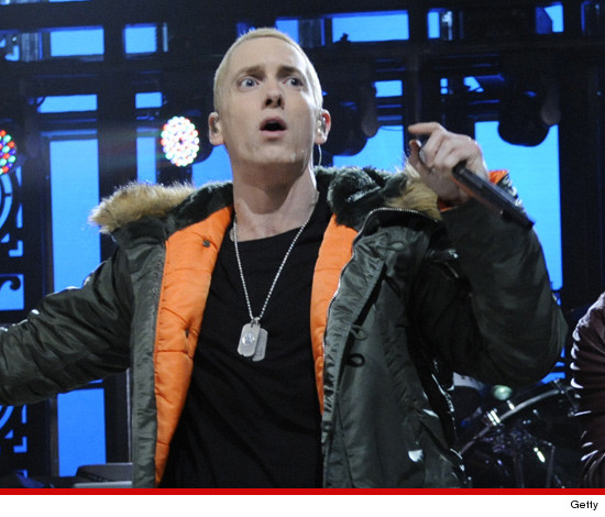 1104-eminem-getty-snl