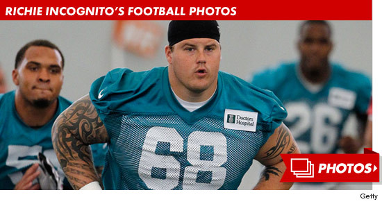 1105_richie_incognito_football_footer