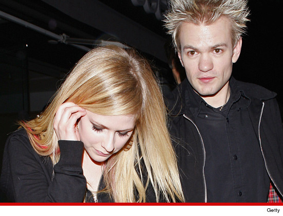 1107-avril-lavigne-deryck-whibley-getty