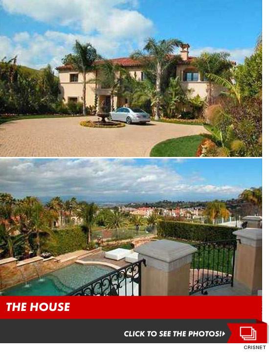 1107_kardashian_house_launch