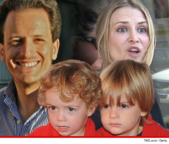 1108-bob-max-scott-brooke-mueller-apple-getty