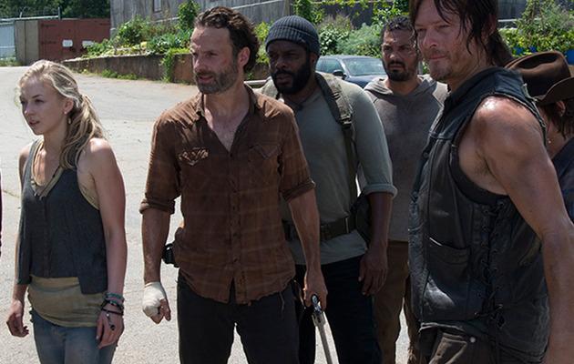 """""""The Walking Dead"""" Mid-Season Finale -- 5 Lingering Questions!"""