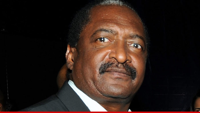 1211-matthew-knowles-01