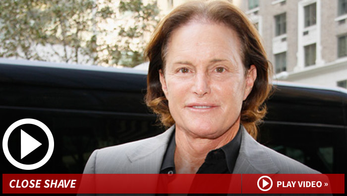 Bruce Jenner -- Dude Wants to Look Like a Lady ... Without Being One