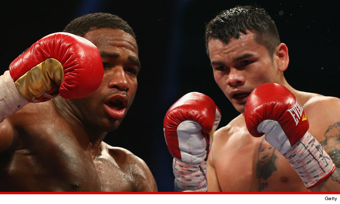 1217-adrien-broner-Marcos-Maidana-getty