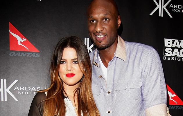 """Khloe Kardashian Tweets About """"Heartbreaking"""" Divorce"""