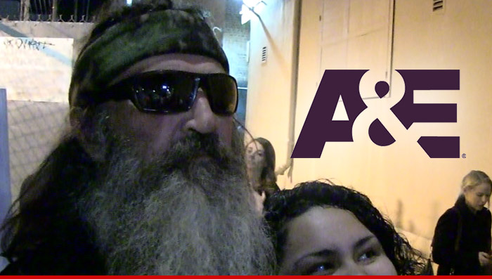 1218_phil_robertson_ae_tv_logo_Article_getty