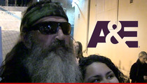 'Duck Dynasty' Star Phil Robertson Suspended Indefinitely Over Homophobic Comments