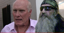 Terry Bradshaw -- 'Duck Dynasty' Guy is WRONG 'Bible Also Preaches