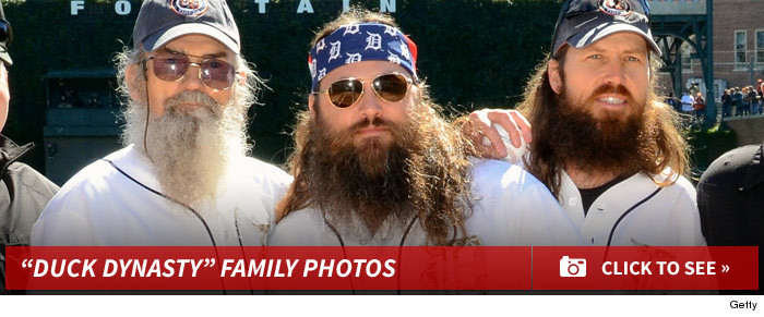 1219_duck_dynasty_family_photos_footer