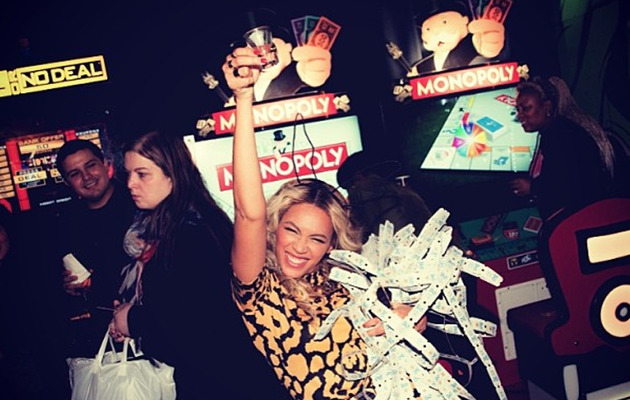 Beyonce Takes Shots, Hangs with Drake at Album Release Party!