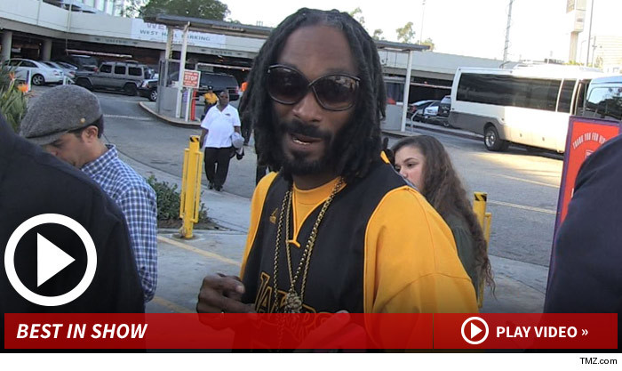 122613_snoop_dogg_launch_v2