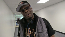 Boyz II Men -- We Forgive Aaron Rogers for Being a Chicken