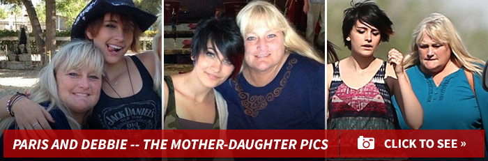 1230_paris_debbie_mother_daughter_footer