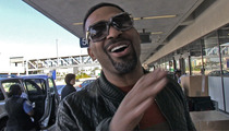 Mike Epps -- I'm The Prince of Darkness -- Take Down Your XMAS Lights!!