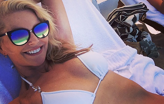 Christie Brinkley Flaunts Amazing Bikini Bod at 59