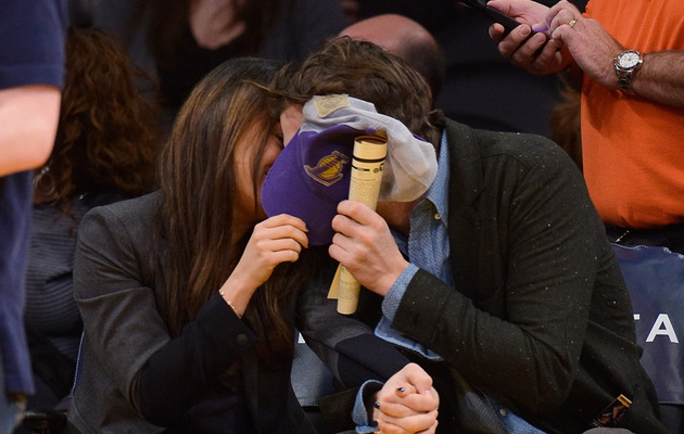 Ashton Kutcher & Mila Kunis Smooch For Lakers Kiss Cam!