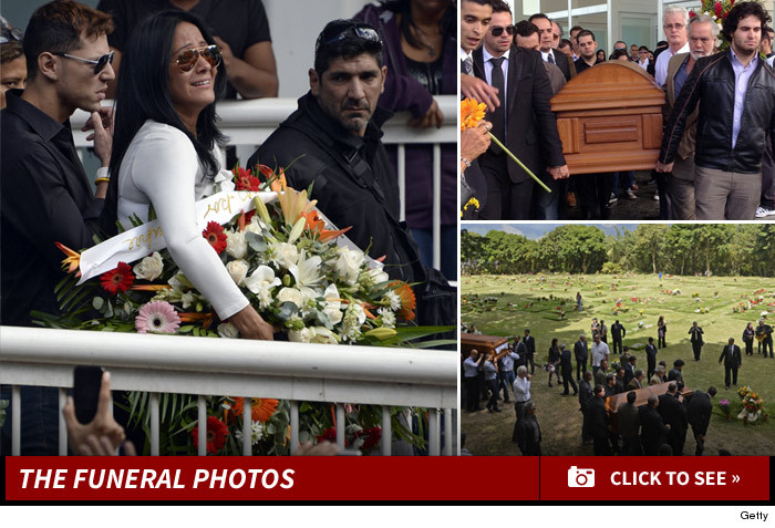 0110_monica_spear_funeral_photos_launch