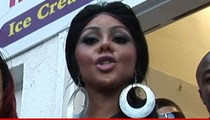 Lil Kim -- BOARD UP THE WINDOWS ... Zombie Girl Sues