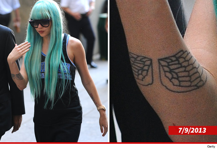 0128_amanda_bynes_tattoo_article_subasset